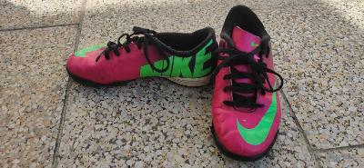 kopačky Nike vel.32