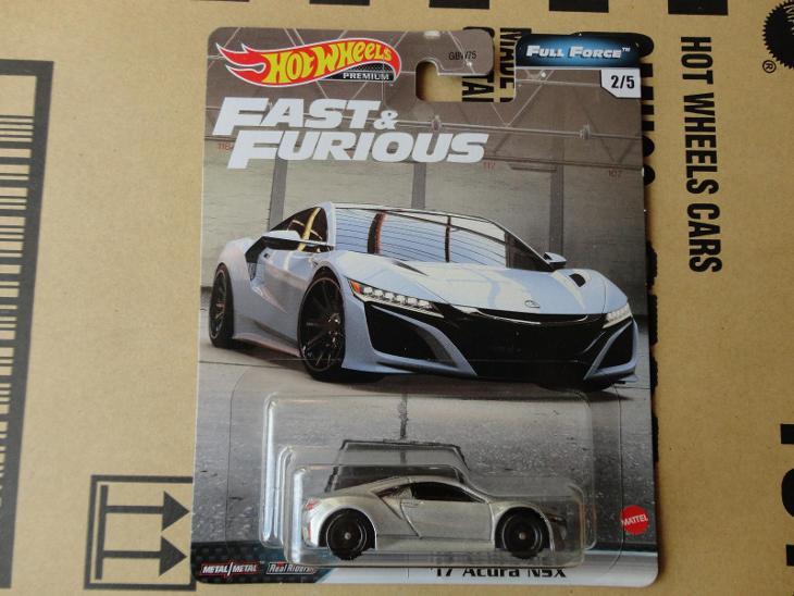Hot Wheels 17 Acura NSX.Rozbalený.Krabička je otevřena. - Modelářství