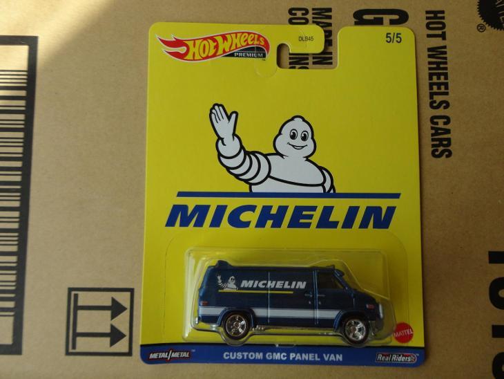 Hot Wheels Custom GMC Panel Van.Rozbalený.Krabička je otevřena. - Modelářství
