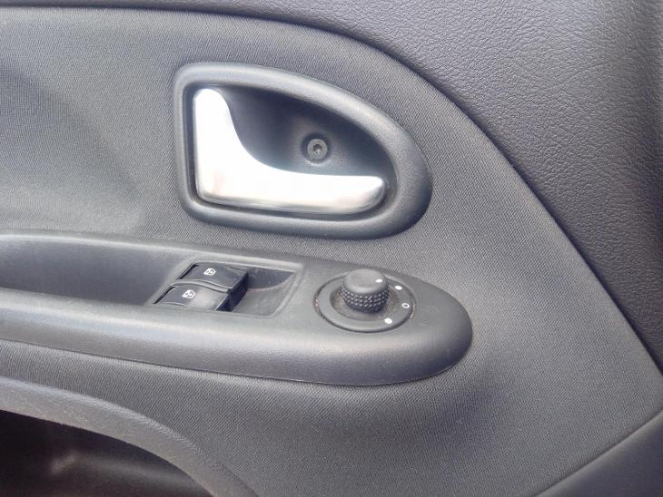 Renault Clio Sport 1.2 16V - Automobily