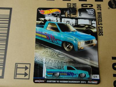 Hot Wheels Custom 93 Nissan Hardbody.Rozbalený.Krabička je otevřena.