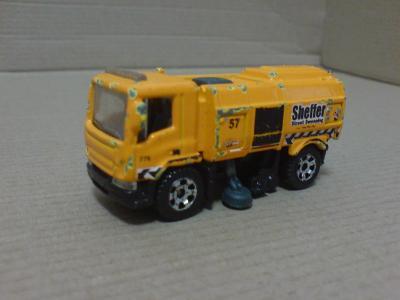 MB943-Stret Claener