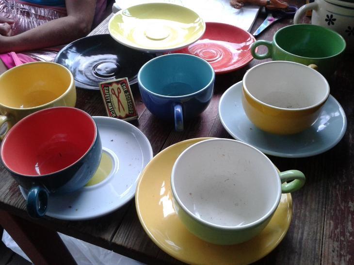 starý porcelán  -  šálky- viz foto /851 - Porcelán