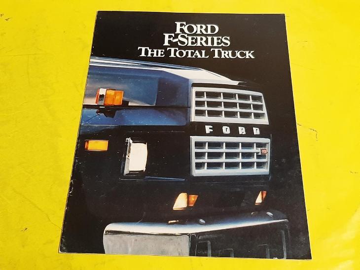 --- Ford F-Series Trucks (1984) ---------------------------------- USA - Motoristická literatura