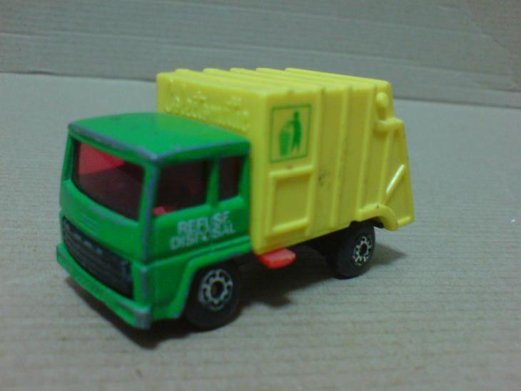 MB36-Refuse Truck - Modelářství