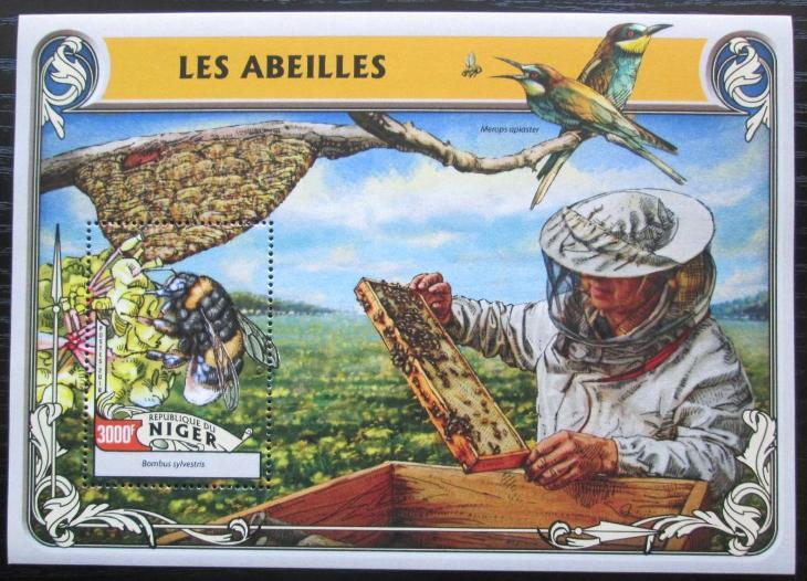 Niger 2016 Včely Mi# Block 550 Kat 12€ 2523 - Filatelie