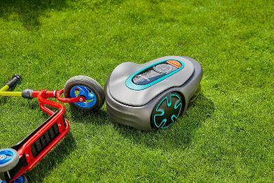 Robotická sekačka na trávu GARDENA SILENO minimo (13665304) _E443
