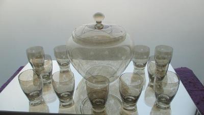 S1. Souprava sklenic a mísy na bouli