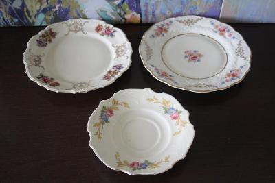 Nádherné starožitné porcelánové talíře - značeno