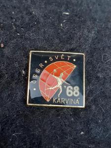 Odznak zápas v házené ČSSR - SVĚT KARVINÁ 1968, černá  varianta