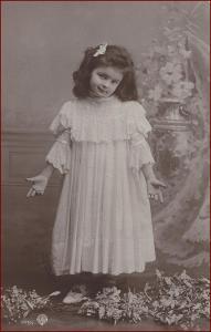 Děti * děvče, portrét, gratulační, atelier foto * M5484