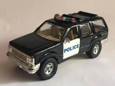 MODEL AUTÍČKA HRAČKA ANGLIČÁK MAISTO FORD EXPLORER 1/42 POLICEJNÍ