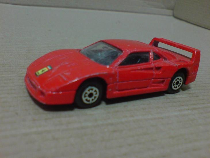 MToy-Ferrari F 40 - Modelářství