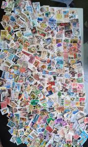 Každá jiná - poštovní známky Austrálie 337ks