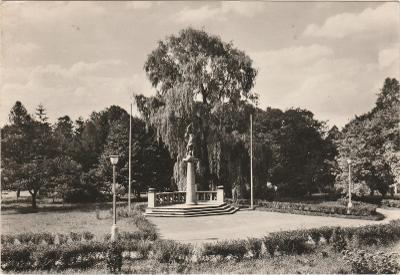 LISTE 4/ VF prošla- rožky horši- plasy park s pomnikem