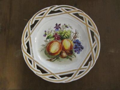 starožitný porcelánový talíř ruční malba