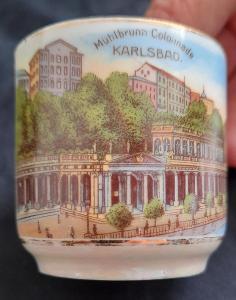 Krásný starý hrneček KARLSBAD. TOP-STAV