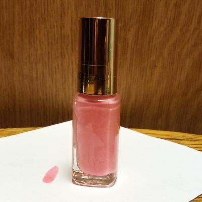 Lak na nehty L'OREAL PARIS - INGENUOUS ROSE, 2/3 z 5 ml