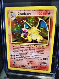 Charizard  base set - z roku 1999 (ORIGINAL) 22 let stará karta