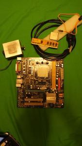 Základní Deska Gigabyte GA-M61PME_S2P + Procesor AMD Více v popisku.