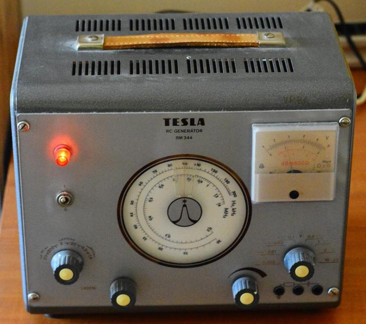 RC generátor BM344 - Elektronika