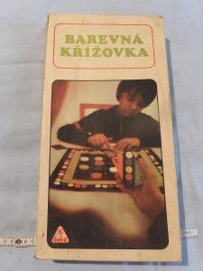 Stará dětská hra - TOFA - BAREVNÁ KŘÍŽOVKA