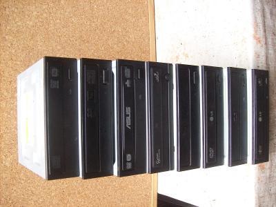 DVD SATA  mechaniky do normálních PC, klasická velikost