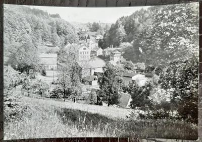 Děčín Krásná Lípa Krásný Buk pohled na obec venkovské domy a okolí