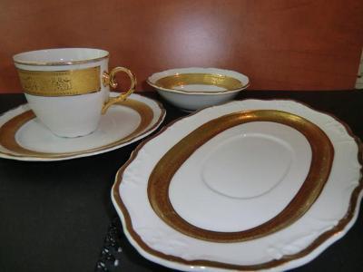 STARÁ ROLE --- LUXUSNÍ SNÍDAŇOVÝ SET, karlovarská porcelánka