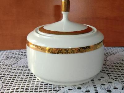 NOVÁ ROLE --- LUXUSNÍ CUKŘENKA, karlovarská porcelánka