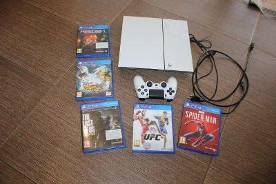 Sony Playstation 4(PS4)bílý+ 5 her
