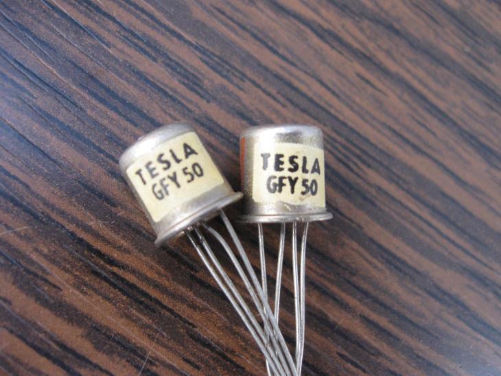 Tranzistor TESLA GFY50 - 2 kusy, nepoužité Tranzistory GE  - GFY 50 - Starožitnosti
