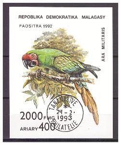 "Madagaskar 1993 - ptáci - ""Parrots 1993"" - Michel BL209"