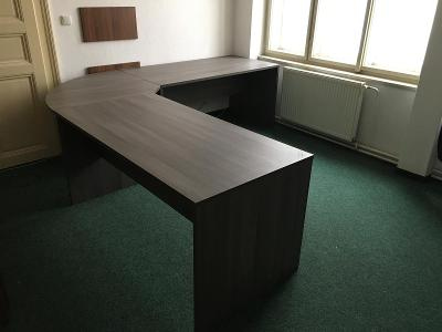 Velký rohový kancelářský stůl + Jeden menší