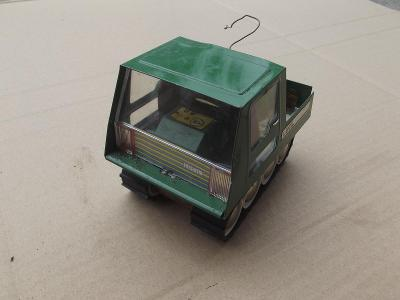 Staré plechové autíčko ITES LUCIL