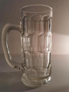 Starý půllitr - pivní sklo - Rakousko-Uhersko poškozený