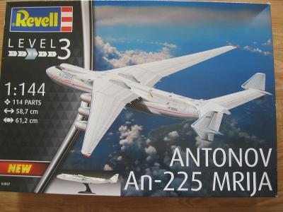 REVELL Antonov An-225 ´Mrija´ 1:144