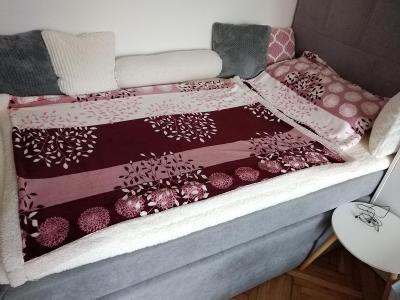 Prodám ložní soupravu beránek deka a polštář Grace