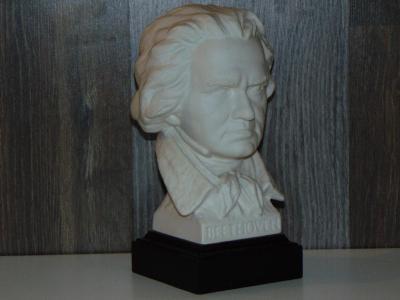 Stará busta Bethovena značeno Goebel