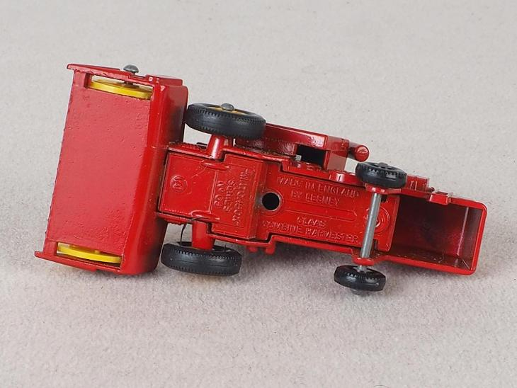 MATCHBOX REGULAR WHEELS RW-65 -CLASS COMBINE - PŮVODNÍ KRABIČKA - Modelářství