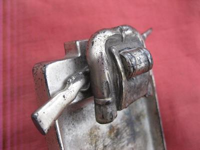 Německý popelník, orig. z války