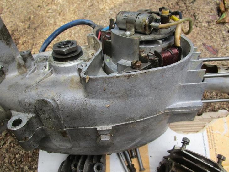 Motor Jawa 555 - Příslušenství k veteránům