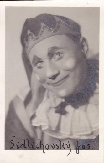 JOSEF ŠIDLICHOVSKÝ - HEREC - 9-IY3
