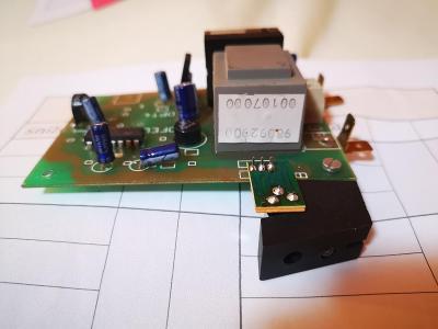 (65) Demontovaná elektronika - světelná závora