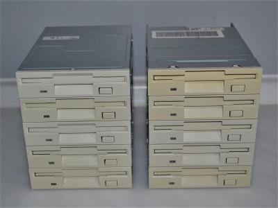 "10x TEAC disketová mechanika 3,5"" (3)"