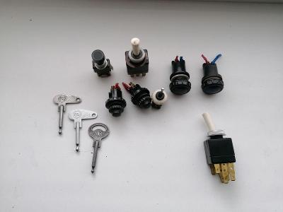PAL - vypínače, kontrolky, klíče