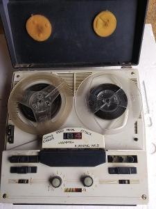 Kotoučový magnetofon B 4