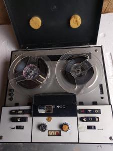 Kotoučový  magnetofon B 400