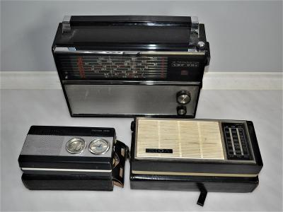 3x staré ruské rádio (3)
