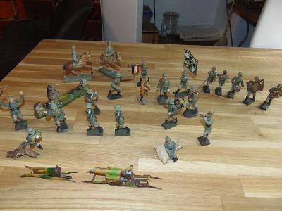 20x voják Wehrmacht ( lineol, elastolin )